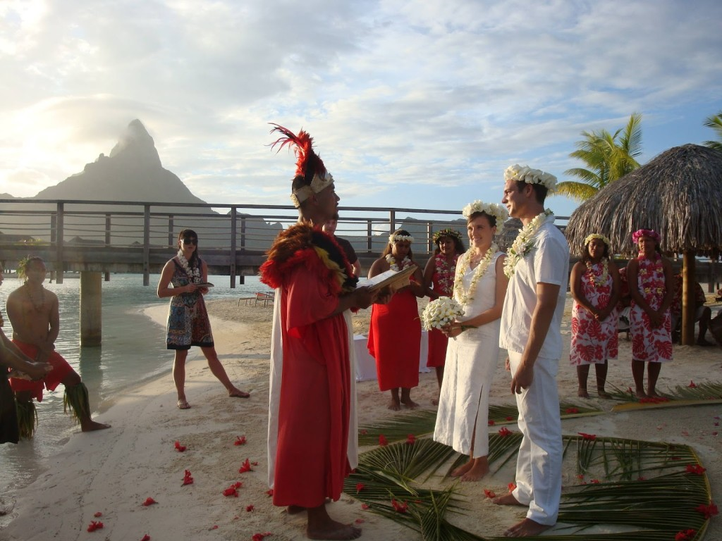 Bora-Bora-weddings