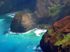 Hawaii Tourism Authority / Ron Garnett