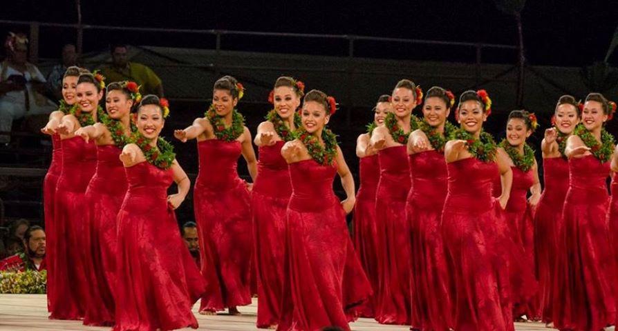 Hawaii hula dancers in red