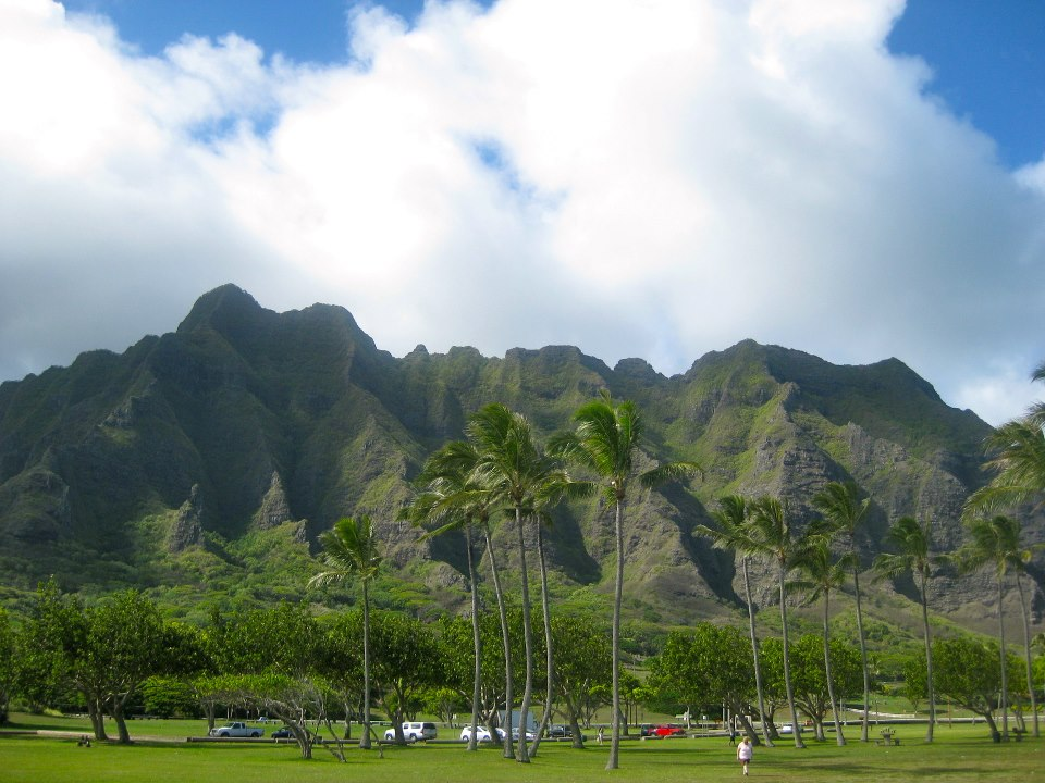 Hawaii mountains on Oahu