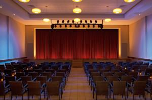 SUSCZ_Theater_1A